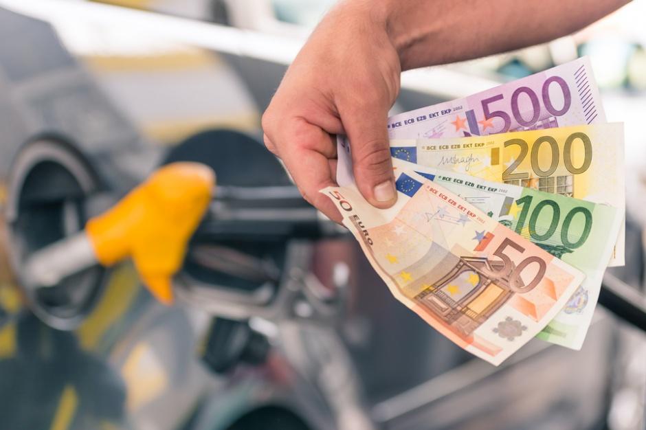 Kekemeke: Fiasko programów lojalnościowych na stacjach benzynowych to nie przypadek