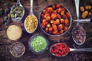 """Fenomen """"superfoods"""": Oferta nowych produktów zwiększyła się globalnie o 202 proc.od 2011 r."""