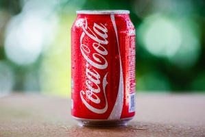 Coca-Cola: Sam Warren Buffet promuje markę