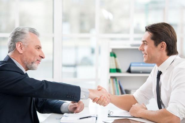 Co warto wiedzieć o pracy na zastępstwo?