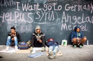 Szef MSWiA o uchodźcach: Nie przyjmiemy nikogo, kto zagrażałby bezpieczeństwu