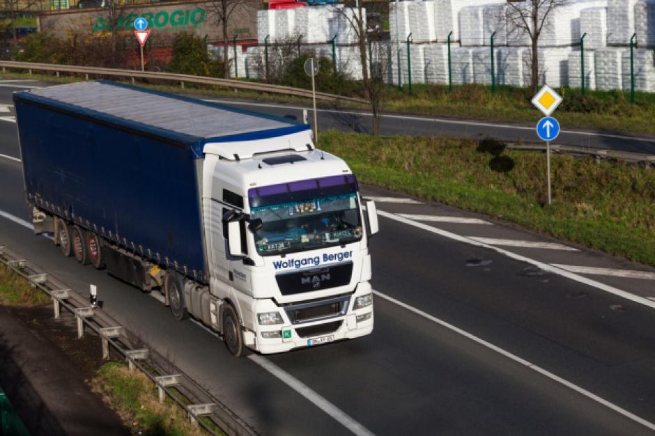 W Krakowie rusza pierwszy punkt ważenia ciężarówek