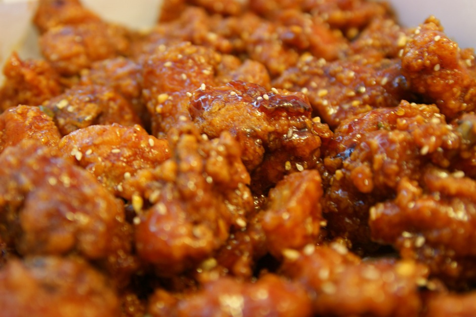 Polacy coraz bardziej cenią kuchnię orientalną