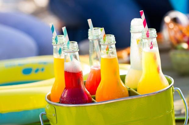 Konsumenci chcą ograniczać spożywanie alkoholu, czekają na wysyp innowacji napojowych
