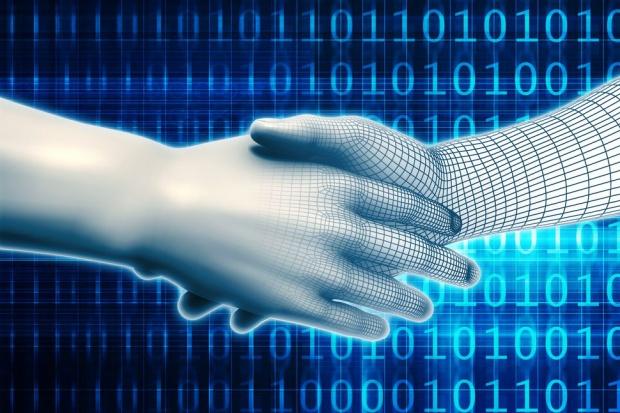 Państwo powinno wspierać transformację cyfrową
