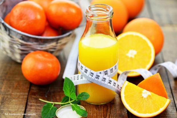 Polak spożywa średnio 11,9 l rocznie soków, ale badania mówią co innego