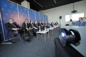 Plan Junckera na EEC 2016: Pieniądze są, ale trzeba lepszych projektów