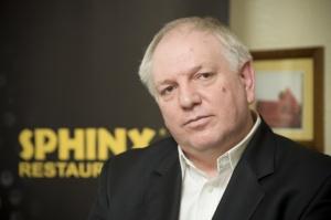 Sfinks chce przejąć trzy marki gastronomiczne; rezygnuje z 77 sushi