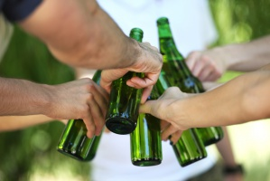 KE zgadza się na fuzję dwóch największych producentów piwa na świecie