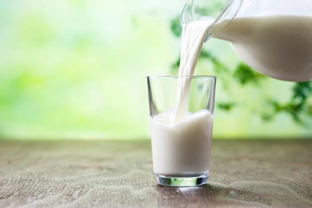 Dania: producenci mleka nadal zmniejszają koszty produkcji