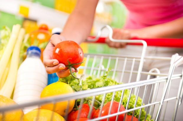 23,2 proc. sprzedaży detalicznej stanowią żywność i napoje bezalkoholowe