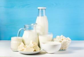 Czym kierują się Polacy przy wyborze produktów mlecznych? - raport