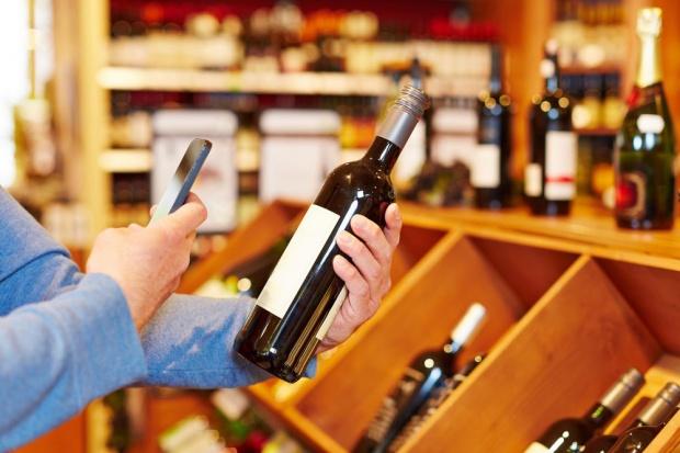 W sklepach tradycyjnych wydatki na alkohole nieznacznie niższe rdr