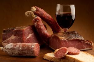 Rynek mięsa przetworzonego w Polsce wraz z prognozami