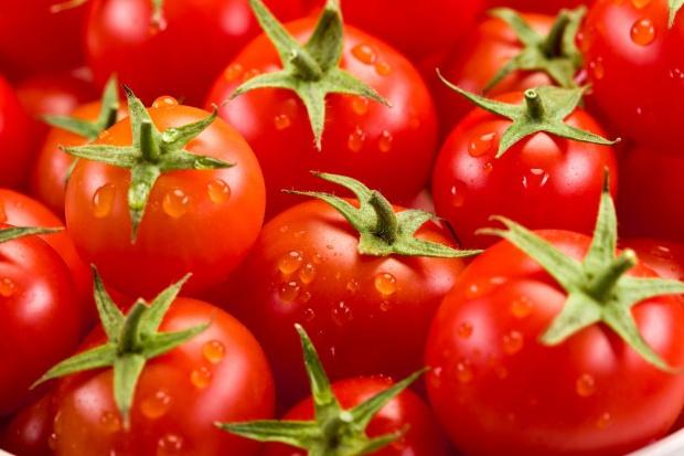 Polacy nadal jedzą za mało warzyw