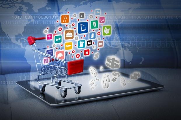 33 proc. właścicieli sklepów offline planuje uruchomienie sprzedaży w sieci