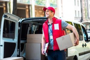 E-commerce: Wysyłka kurierska jest najpopularniejszym sposobem dostawy