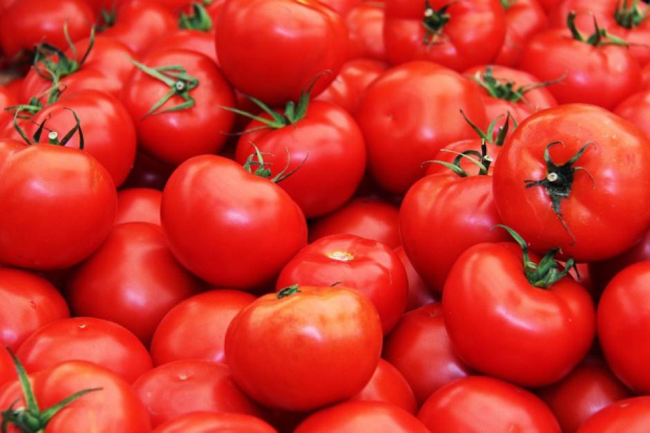 """Rusza 6. edycja kampanii """"Pora na pomidora, czyli jak tu nie kochać polskich warzyw i owoców""""."""
