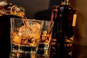 4 marki whisky z Indii wśród 10 najszybciej rosnących trunków wysokoprocentowych