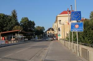 Rosja: Zawieszone stosowanie umowy o małym ruchu granicznym z Polską