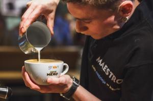 Nowy koncept kawiarni Green Caffè Nero w biurze Deloitte Polska
