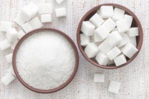Spada wartość polskiego eksportu cukru, rośnie jego import