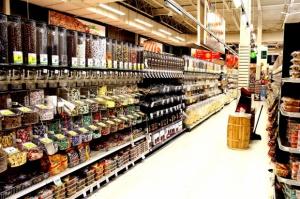 Opozycja o podatku od handlu: Markety wyduszą z dostawców ostatni grosz
