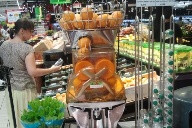 Carrefour: Przybywa sklepów z konceptem świeżo wyciskanych soków