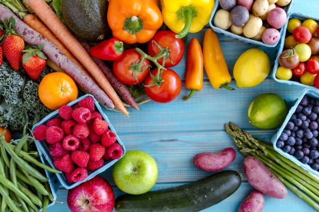 Warzywa i owoce dają nie tylko zdrowie, ale i szczęście
