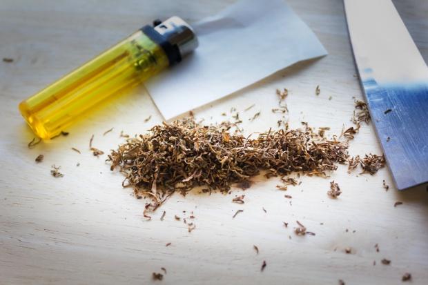 Trzeba niszczyć nie tylko nielegalne papierosy, ale też maszyny służące do ich produkcji