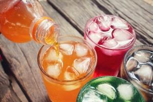 Puls Biznesu: Napoje z tańszą droższą wodą
