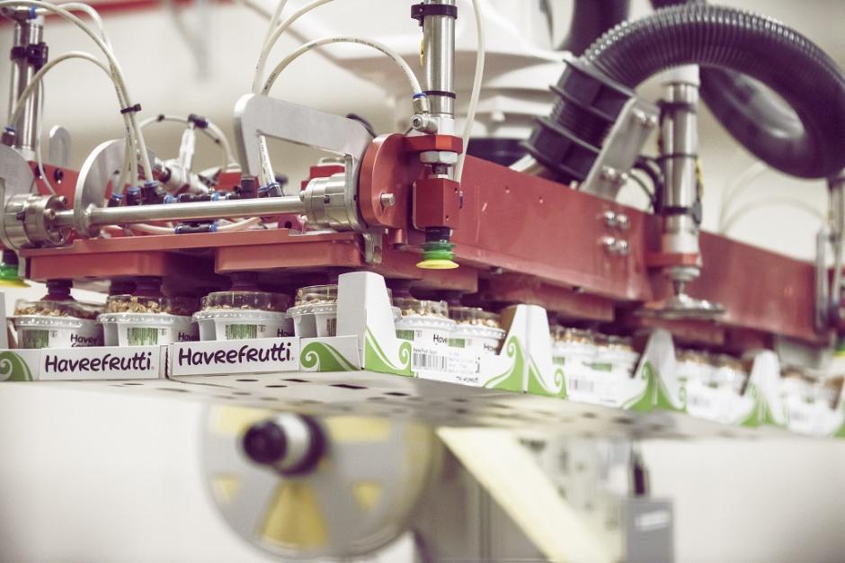Najszybszy robot paletyzujący świata w szwedzkiej fabryce przekąsek