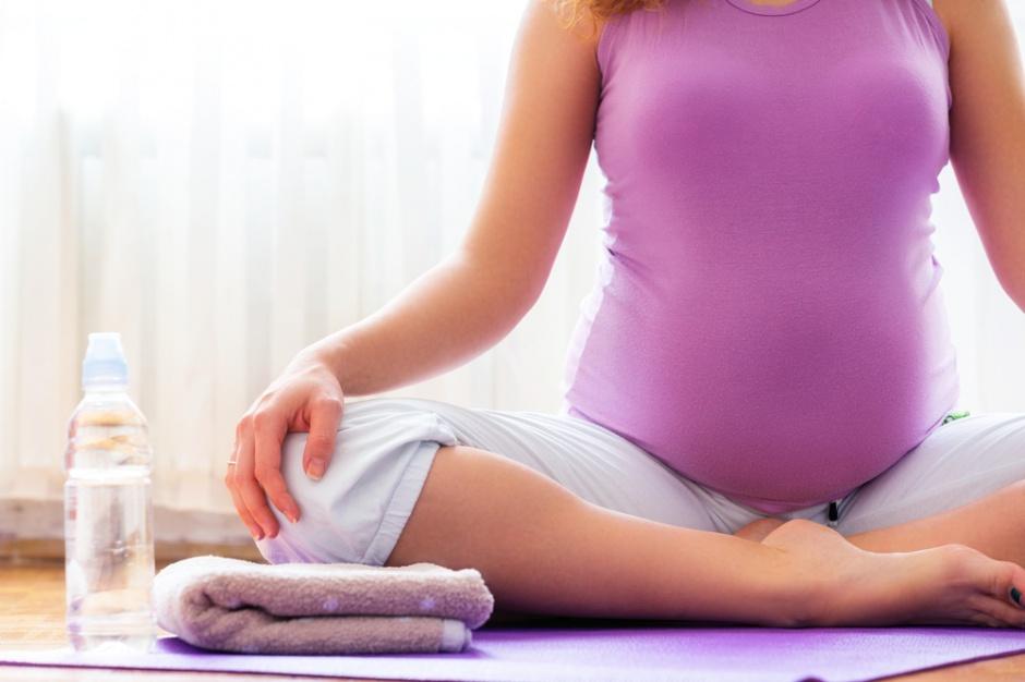 Ekspert: kobiety w ciąży nie powinny jeść surowych jajek