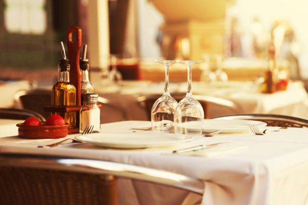 Na restauracje i hotele wydajemy mniej od Niemców oraz Czechów (wideo)