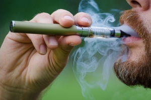 Nowa ustawa wypchnie e-palaczy do szarej strefy?