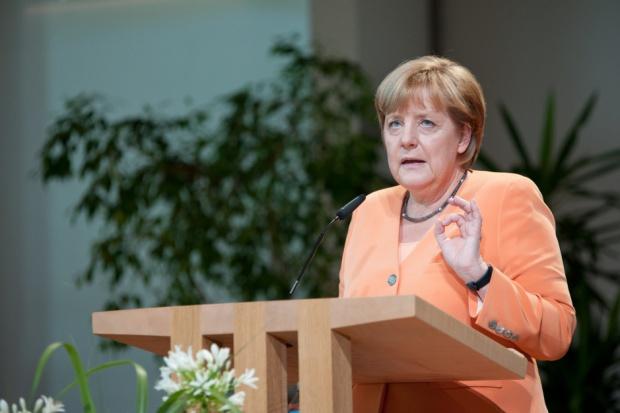 Angela Merkel zachęci szefów koncernów do zatrudniania imigrantów