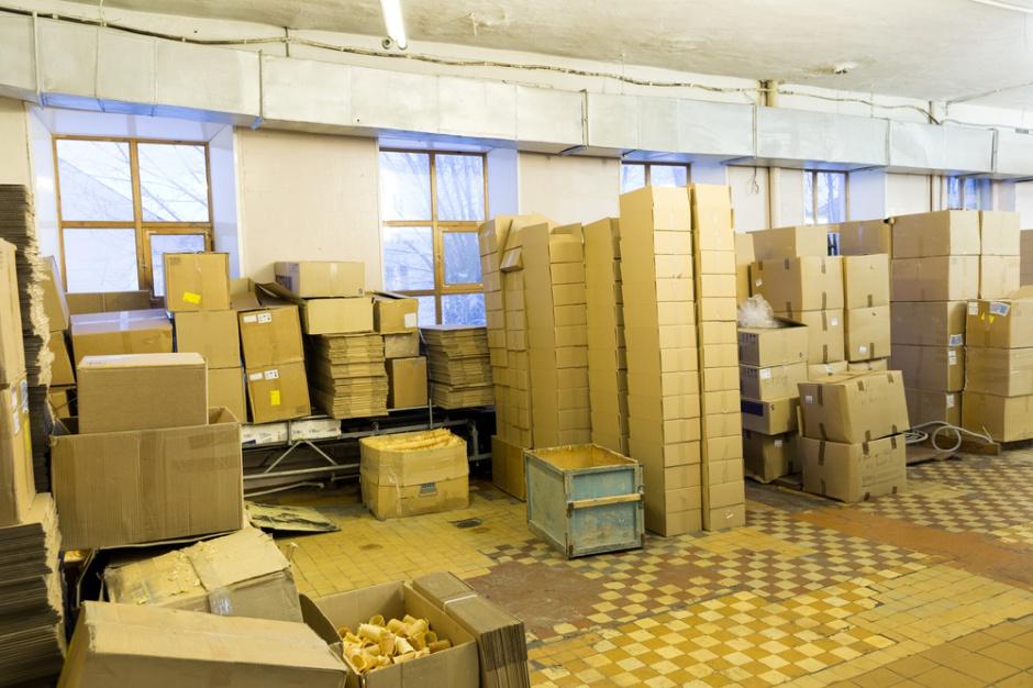E-commerce napędza polski rynek przesyłek.