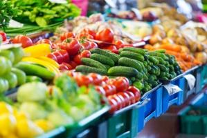 Jabłka i pomidory to najpopularniejsze owoce i warzywa w UE