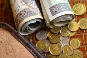 Rafalska: Jeszcze 178 tys. rodzin czeka na wydanie decyzji ws. 500 plus
