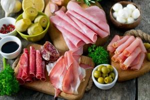 Animex: Obecność antybiotyku stwierdzono w jednej próbce surowego mięsa