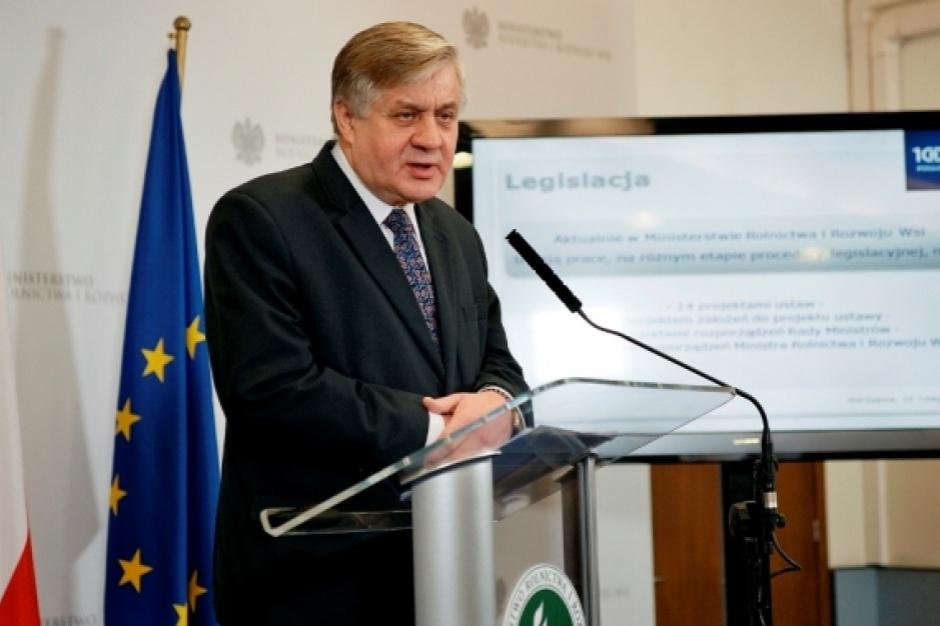 Jurgiel: Pracujemy nad specustawą by skupić nadmiar trzody w związku z ASF
