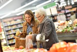 Raport o konsumentach: Rośnie siła nabywcza kobiet i seniorów