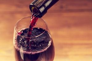 Światowi producenci wina biją się o polski rynek