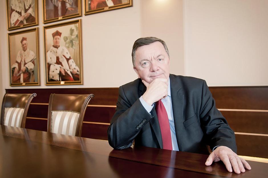 Nowy rektor UPW przejął obowiązki