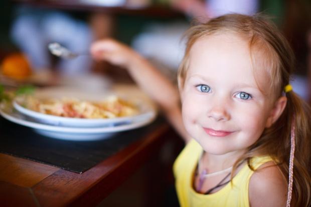 Dietetyk: W zmianach dotyczących sklepików szkolnych nie chodziło o zdrowie