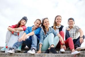 Nastolatkowie w Europie piją i palą mniej niż 20 lat temu