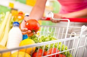 GUS o cenach płodów rolnych w sierpniu: Tańsze zboże, droższe mięso i mleko