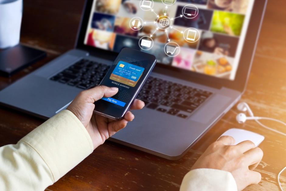 E-handel: Urządzenia mobilne gonią komputery