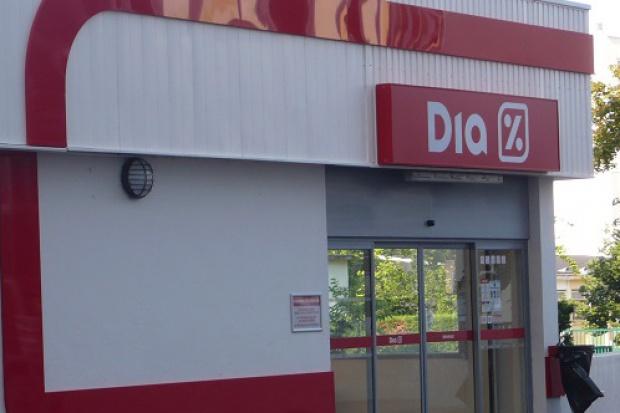 Trwa spór Grupy Gastt z siecią Carrefour o sklepy Okey