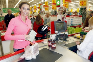 """Małgorzata Rozenek-Majdan wspiera akcję """"Podziel się posiłkiem"""""""